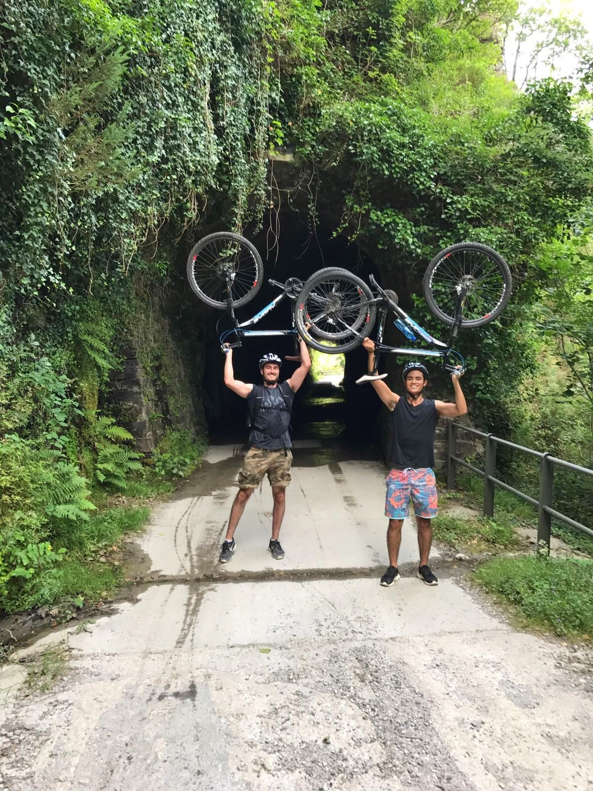 tailor made biking tour