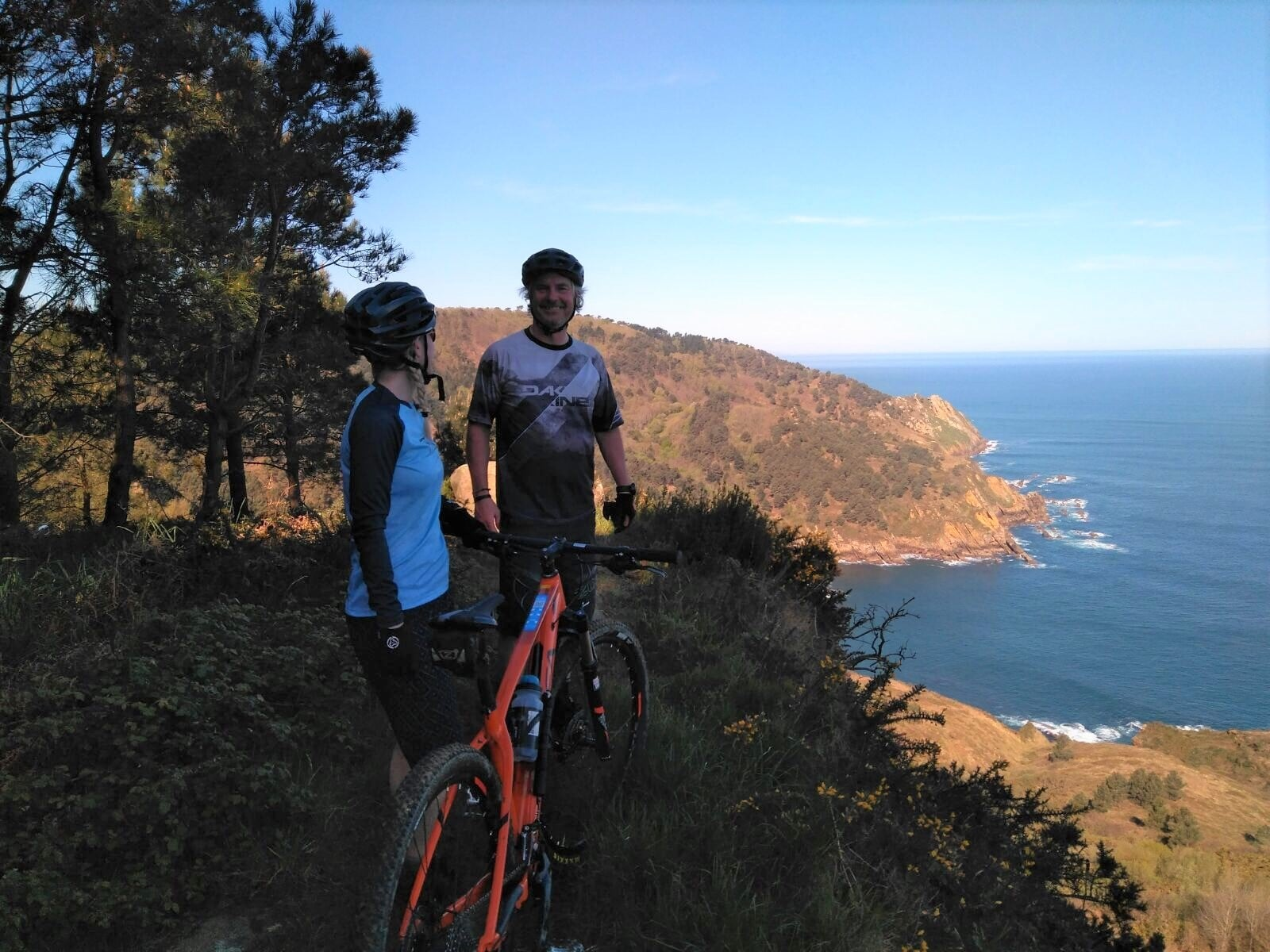 Mountain bike Coastal track tour