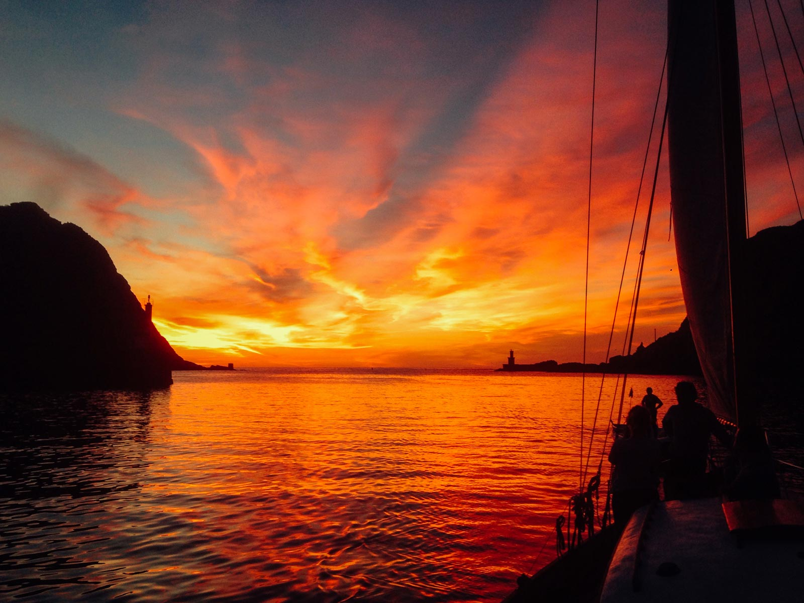San Sebastian Sunset sailing tour