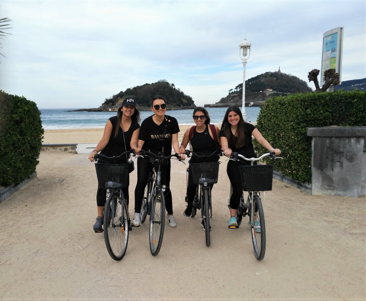 San Sebastian best bike tour friends